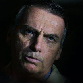 Segundo pesquisa CNT/MDA, 38,9% ainda aprovam Bolsonaro. Índice é o pior da série histórica desde a primeira posse deLula