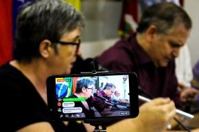 Comitê gaúcho realiza amplo ato de apoio a Venezuela e seu povo. A Rede Soberania transmitiu ao vivo:Assista: