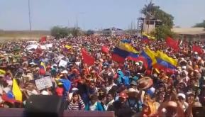 Venezuela: milhares de indígenas fazem manifestação contra a invasão imperialista na fronteira com aColômbia