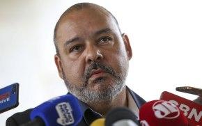 Mourão contraria Bolsonaro e recebe representantes da CUT emBrasília
