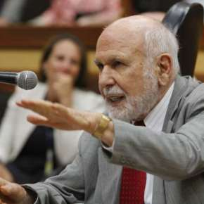 'Servidores não são o problema, mas a solução', diz João Antonio Dib, Ex Prefeito de PortoAlegre