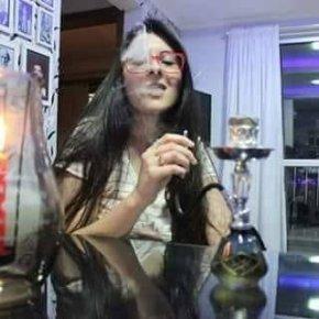 Deputada bolsonarista apaga conta Twitter após ter sua aptidão por maconharevelada