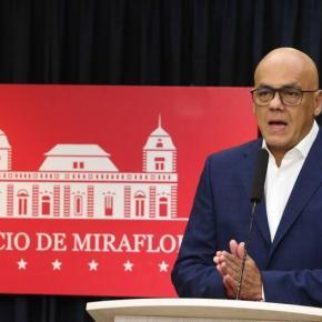 Governo da Venezuela comunica desarticulação de novo golpe de Estado promovido por Guaidó e suagangue