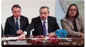 """Ministro compara bilhões cortados da Educação a """"chocolates que podem se comidos depois""""(Vídeo)"""
