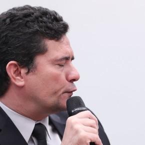 Mídia rifa Moro, o ministro que viroubagaço