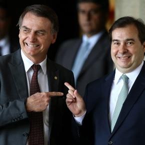 """Com Bolsonaro Brasil caminha para o """"colapso social"""", diz Rodrigo Maia ao jornal OGlobo"""