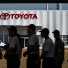 Efeito Bolsonaro: Toyota diminui produção e demite 740 trabalhadores sem pagar todos osdireitos