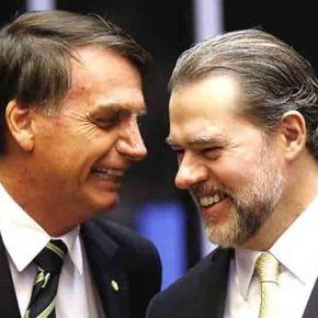 Toffoli suspende investigações contra Flavio Bolsonaro e Queiroz. STF mais sujo que pau degalinheiro!
