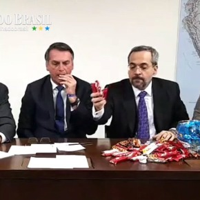 Bolsonaro corta dinheiro de creches, educação básica, alfabetização e ensinotécnico