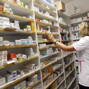 Suspensão de contratos deve elevar preços de remédios e agravar desabastecimento