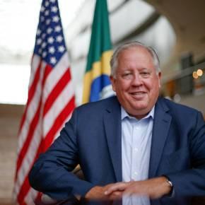 Brasil atrapalhava planos dos EUA para América do Sul, diz ex-embaixador americano de 2010 a2013