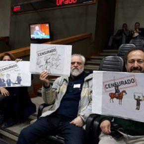 Juiz determina retorno imediato de charges censuradas na Câmara de Vereadores de PortoAlegre