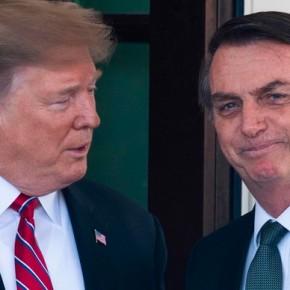 Bolsonaro envergonha o Brasil diante do mundo: Vídeo e jornalistas descrevem os segundos que teve comTrump