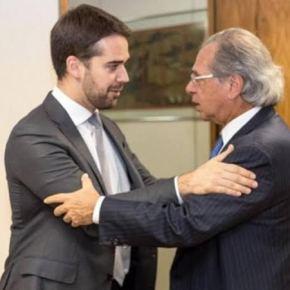 Pacote de Guedes garante DEMISSÃO E REDUÇÃO SALARIAL  de servidor nos estados emunicípios