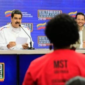 Venezuela bate recorde de alunos em universidade, volume é o dobro em relação aoBrasil
