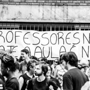Nó tático: 16 CREs são bloqueadas por educadores grevistas e estudantes nesta sexta-feira noRS
