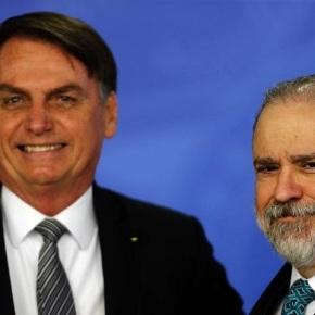 Em Proteção A Bolsonaro, Aras Autoriza Presidente a Bloquear Parlamentares e Jornalistas NoTwitter