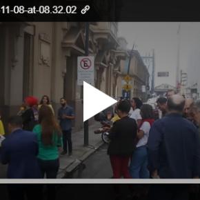 Radialista Mendelski, da Rede Record, é escrachado em Porto Alegre por falasracistas(Vídeo)