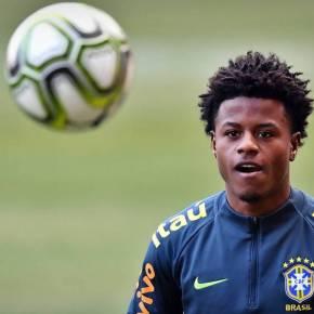 """Lucas Santos: """"Saí da favela, mas não posso ficar alienado enquanto matam negros epobres"""""""