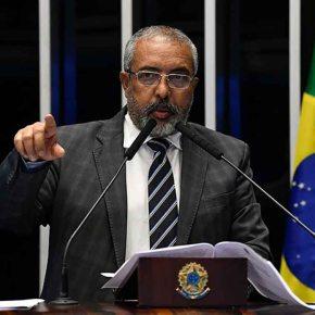 """Senador Paim diz que MP 905, o """"contrato verde amarelo"""", transforma o Brasil numaSenzala"""