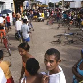 """As """"filas da miséria"""" e os pobres humilhados no Brasil (Entrevista com Tereza Campello, ex Ministra do DesenvolvimentoSocial)"""