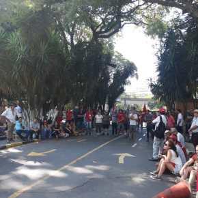 Porto Alegre: Agricultores continuam ocupação do Incra e cobram medidas emergenciais contra a seca(Vídeo)