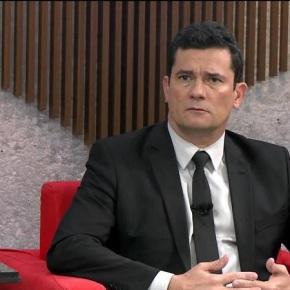 """Moro diz que Ligou Para Ministro Do Paraguai Porque Ronaldinho É """"Ídolo Das Criancinhas"""". Virou advogado de porta decadeia"""