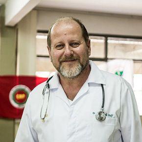 CORONA VIRUS: Dr. Ronald Wolff fala sobre os interesses por trás do pânico gerado pela doença e dá dicas de prevenção(Vídeo)