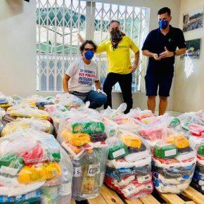 Comitê Popular Contra o Coronavírus doa quase 3 toneladas de alimento para famílias vulneráveis de PortoAlegre