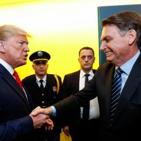 Bolsonaro compete com Trump para ser pior criminoso do planeta, diz NoamChomsky