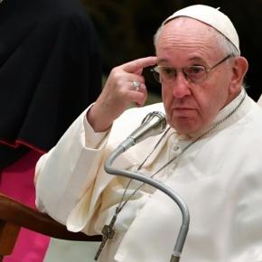 """""""Um salário universal para os mais pobres e nenhum trabalhador sem direitos"""", diz o papa Francisco em Carta a MovimentosSociais"""