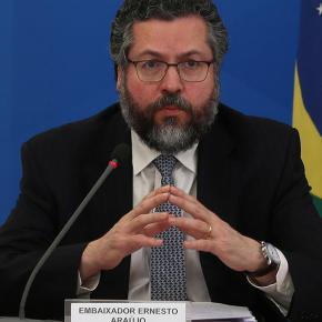 Censura: Itamarati de Bolsonaro proíbe embaixadores do Brasil no exterior de receberem notícias da mídiabrasileira