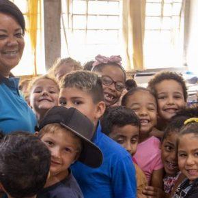 Escolas fechadas, vidas preservadas (Por Helenir Schürer, presidenta do CPERS-Sindicato)
