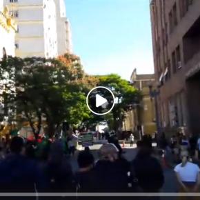 Ato Anti fascista Peitou Bolsonaristas na porta do 3º exército neste domingo. Assista osVídeos: