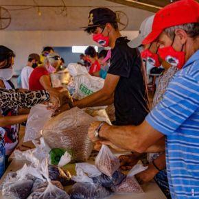 Doações do MST e do MPA chegam a 3.300 toneladas, mas não aparecem no JornalNacional
