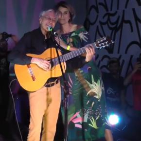 Porto Alegre: Com inveja, candidato entra na justiça contra apoio de Caetano Veloso a ManuelaD'ávila
