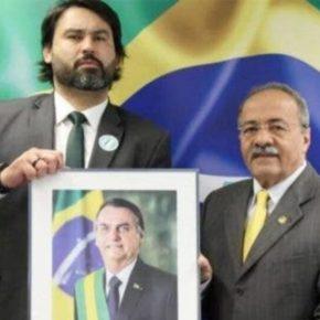 #Propinanabunda marca Senador que também contrata parente dos Bolsonaro no seuGabinete