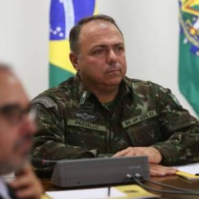 """""""Capetão"""" Bolsonaro """"cagando na cabeça"""" do General Pazuello é só mais um sinal da distopia que estamosvivendo"""