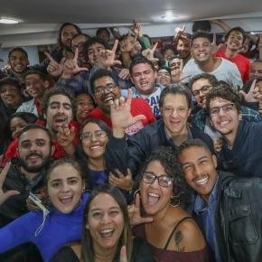 Dois terços dos eleitores até 24 anos reprovam o projeto antinacional deBolsonaro