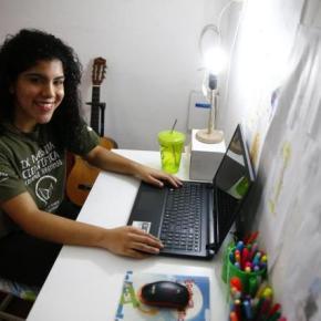 Estudante do Instituto Federal da Restinga é selecionada para curso na Universidade Cambridge naInglaterra