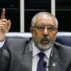 """""""Brasil vai ter que enfrentar o debate sobre abordagem policial"""", afirma Senador PauloPaim"""