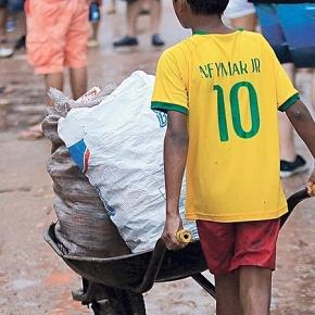 Presente de Natal: Bolsonaro e Guedes editam decreto pra facilitar trabalhoinfantil