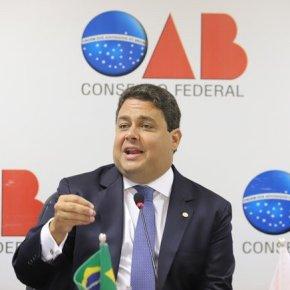 Presidente da OAB vai pautar pedido de impeachment de Bolsonaro no Conselho daentidade