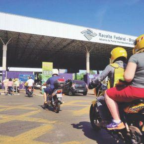 Surreal? Paraguaios atravessam fronteira para comprar produtos no Brasil…e revender noParaguai