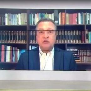 Rui Costa, governador da Bahia, chora ao vivo na TV ao falar da pandemia doCOVID-19
