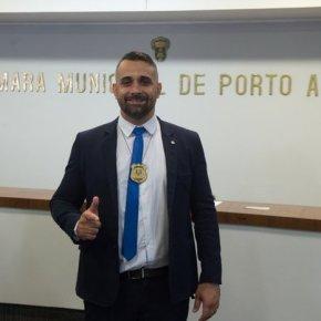 """Vereador """"de Bolsonaro""""em Porto Alegre vai ter que devolver R$ 40 mil recebidos ilegalmente e deve sercassado"""