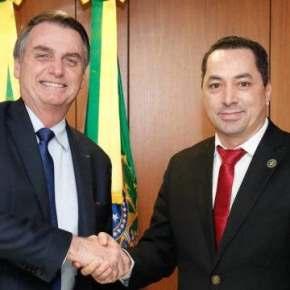 """""""Aqui se faz, aqui se paga??"""" Empresário que organizou almoço com Bolsonaro  é intubado comcovid-19"""