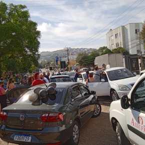 Porto Alegre: Centenas de Rodoviários foram as ruas no Sábado, por Vacina Já para a categoria (Fotos eVídeos)