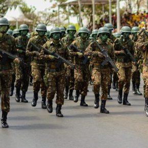 Corrupção militarizada: Deputados apontam indícios de fraudes de R$ 40 milhões nas ForçasArmadas