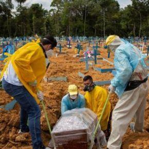 Covid-19 já matou 595 mil pessoas no Brasil, 46% a mais que na conta oficial, dizInstituto